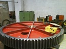 News : New equipment - Stress relieve with vibrations : Big welded gear VSR